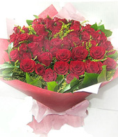 66 Red roses